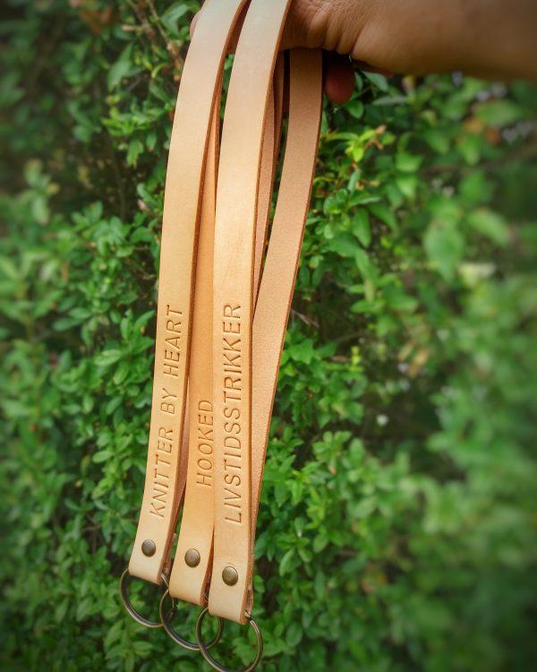 læder nøglering, nøglering i læder, lang nøglering, lang læder nøglering, lædernøglering