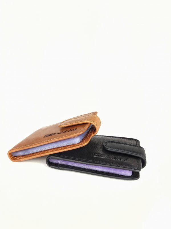 kortholder i læder, læder kortholder, kortholder med plastiklommer, praktisk kortholder, kortholder i læder, læder kortholde