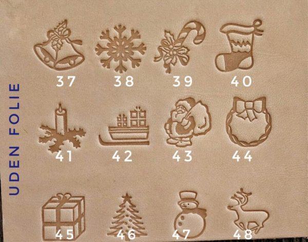 Rund nøglering i læder, rund læder nøglering, læder nøglering med tekst, læder nøglering med navn, rund nøglering, personlig nøglering, gaveide, gave