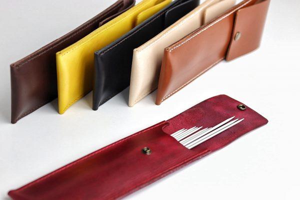 etui til strømpepinde, læder etui tiil strikkepinde, pindeetui i læder, læderetui, strikkeetui, holder til strikkepinde