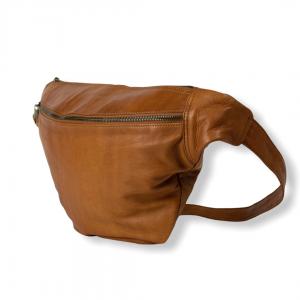Merla bumbag, merla bæltetaske, Merla Re:designed, bæltetaske, brun bumbag, sort bumbag, læder bumbag, bumbag i læder, bæltetaske i læder, Re:designed bumbag